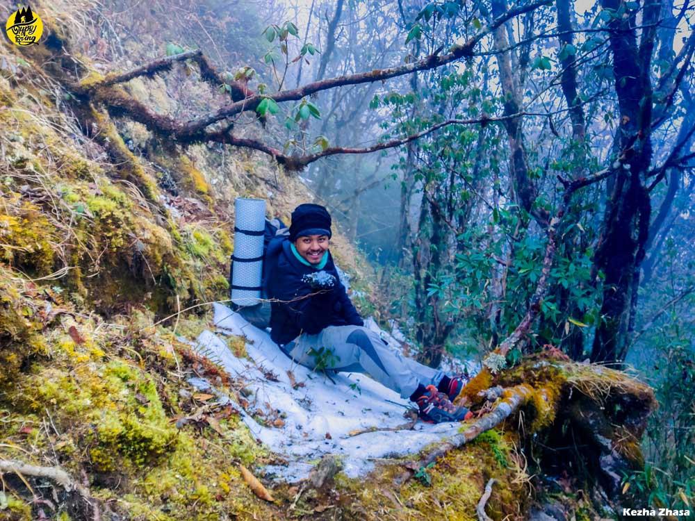 Snow in Mount Japfu Peak, Winter is the best time to visit Japfu peak